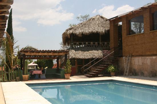 La Villada Inn: Pool