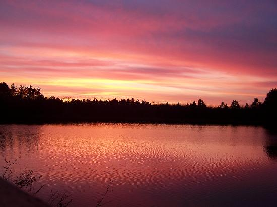 North Lakeland Discovery Center: Sunset on Statehouse Lake