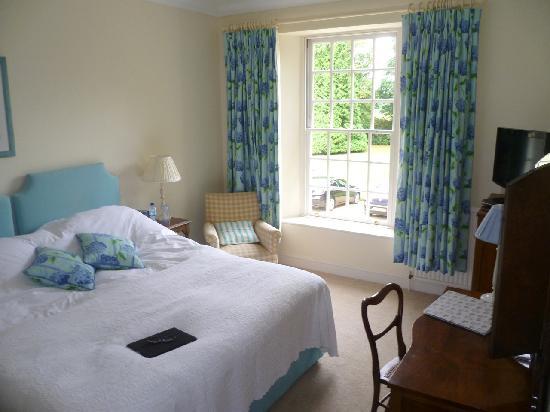 Starborough Manor : Hotel-Zimmer (Bett von uns schon etwas zerwühlt)