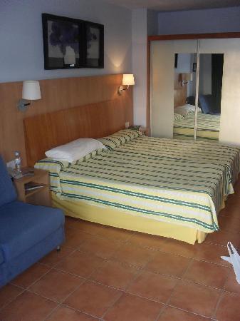 Ohtels Vil.la Romana: The Room