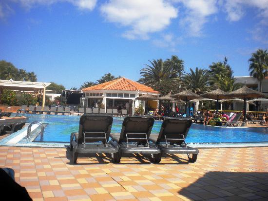 Insotel Hotel Formentera Playa: piscina del villaggio