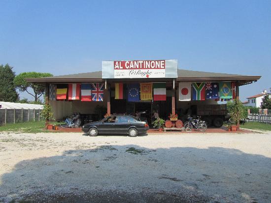 Camping Village Marina di Venezia: best place for local wine Malbec was our fav!
