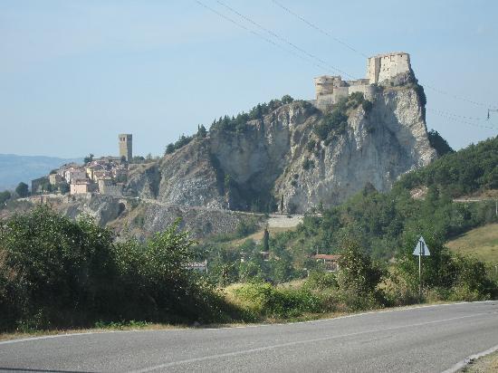 Forte di San Leo: San Leo in the distance