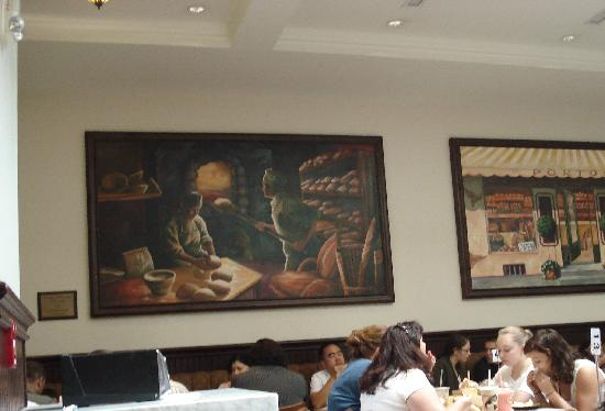 Porto's Bakery & Cafe: Porto's Cafe scenic