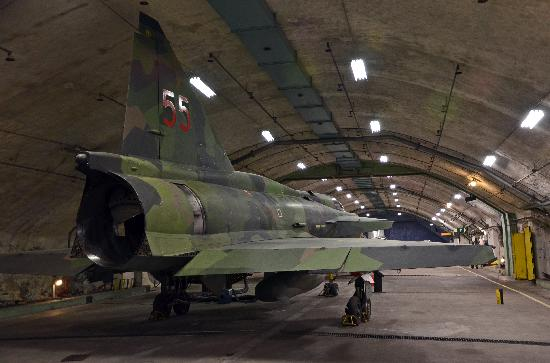 Aeroseum: Saab Viggen in the bunker