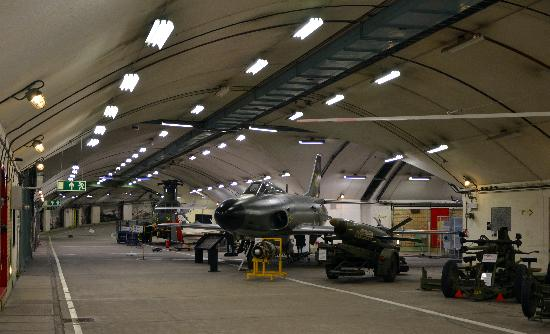 Aeroseum: Aircraft and weaponry exhibits