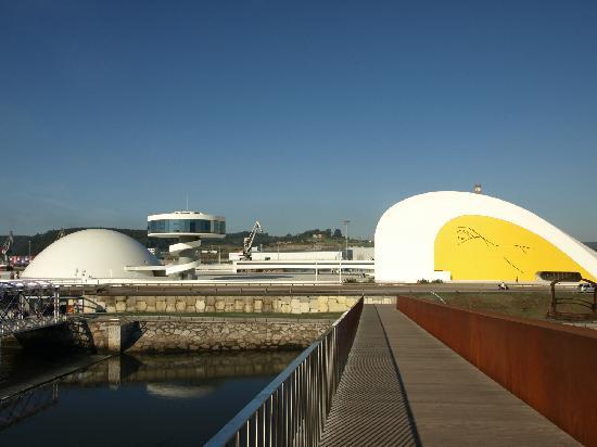 Centro Niemeyer