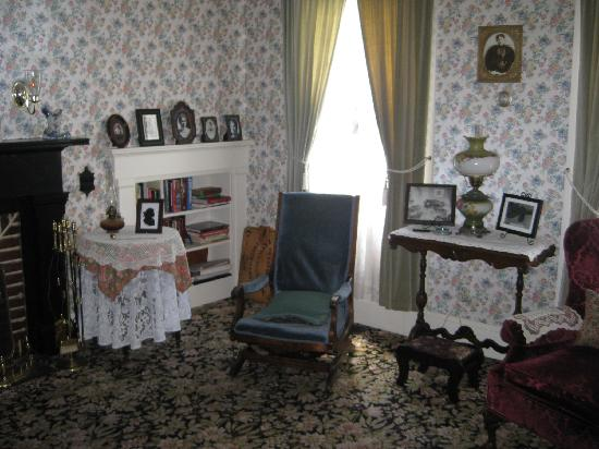 Lizzie Borden House: Rooms in the house