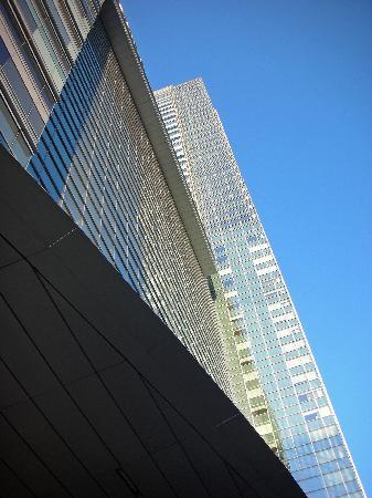 โรงแรมเจดับบลิวแมร์ริออตต์ ลอสแอนเจลิส แอท แอลเอไลฟ์: Outside