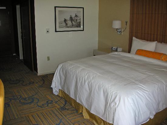 โรงแรมเจดับบลิวแมร์ริออตต์ ลอสแอนเจลิส แอท แอลเอไลฟ์: Room