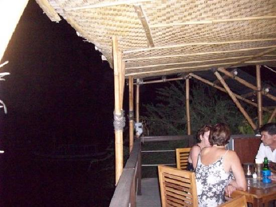 Beach House Restaurant: Scenic view of lights on Gili Meno
