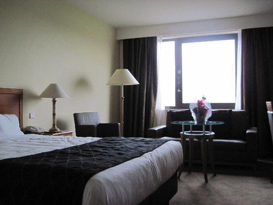 โรงแรมเกรแฮม เบลสัน: room 330