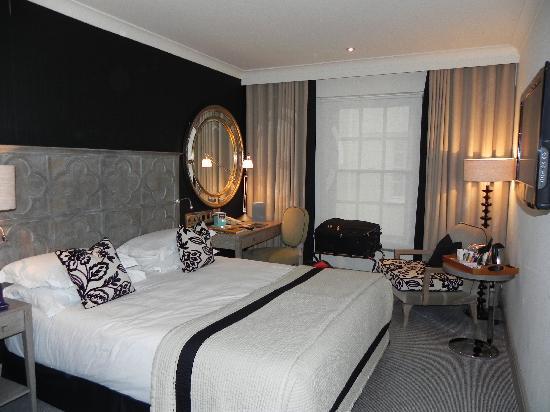 โรงแรมเดอะบลูมเบรี่: Our Room