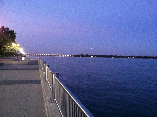 Detroit RiverFront: Riverwalk view of Belle Island