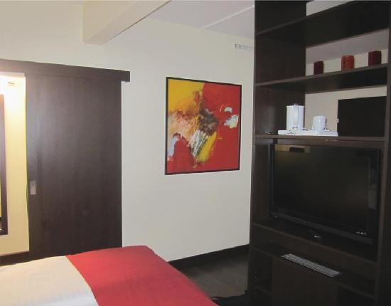 เอ็นเอช ซัลสบวร์ก-ซิตี้: Very spacious room