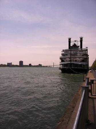 Detroit RiverFront: riverwalk view of Bridge to Canada.
