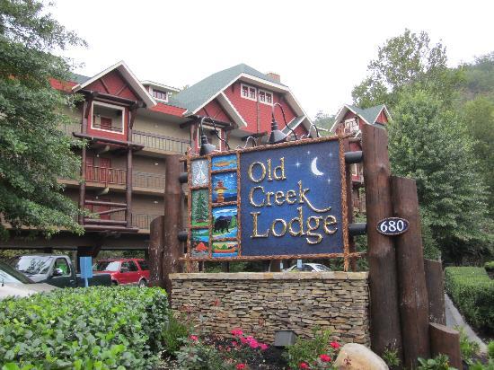 Old Creek Lodge: Hotel exterior