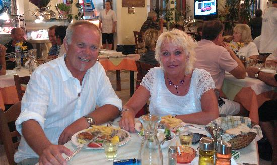 Ageri-Milos: From dinner in Adamas......