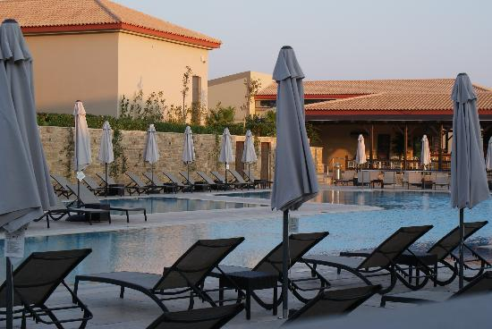 Apollonion Resort & Spa: Pool