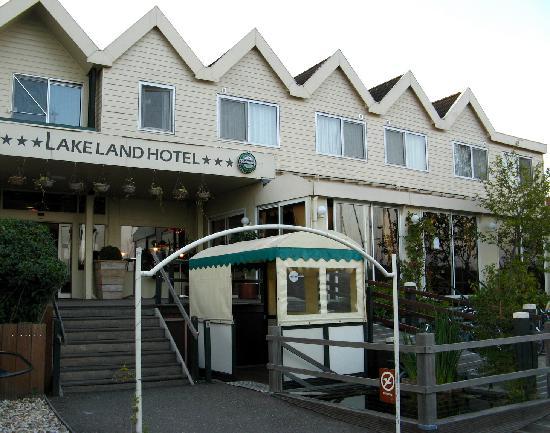 Lake Land hotel