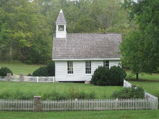 Walland, TN: The church on the property