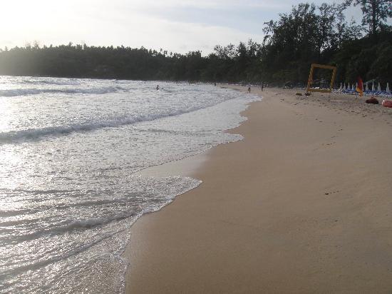 โรงแรมคลับเม็ด ภูเก็ต: Club Med Beach