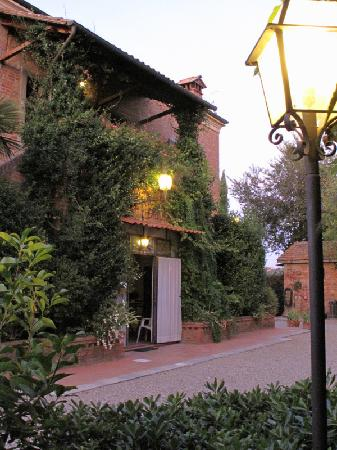 Podere Le Manzinaie: A Home Away From Home