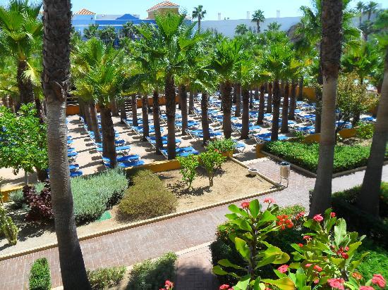 Playaballena Spa Hotel: vista desde habitacion a piscina