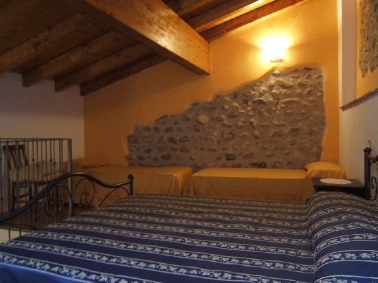 AgriRelais Villa Dei Mulini: camera accogliente