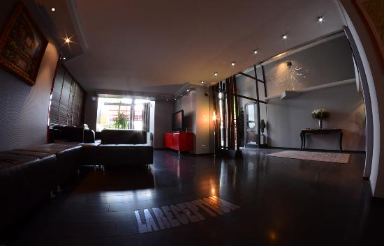 Savoy Hotel Evian: l'Accueil