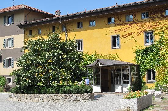 Albergo L'Ostelliere Villa Sparina Resort: L'ingresso