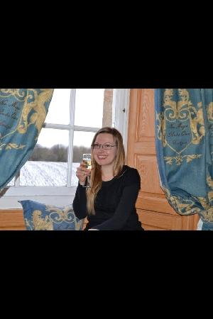 Dalhousie Castle: happy Claire