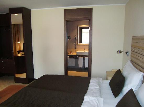 Alwyn: Our deluxe room