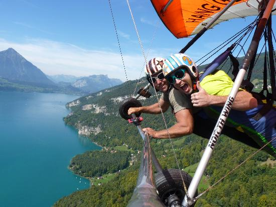 Hang Gliding Interlaken: Hang gliding with Bernie