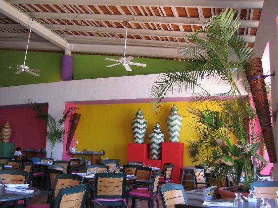 Decameron Los Cocos: Main Buffet restaurant