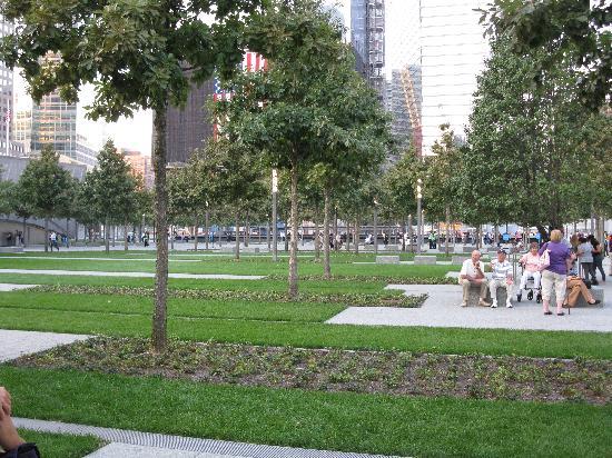 อนุสรณ์ 9/11: Looking North