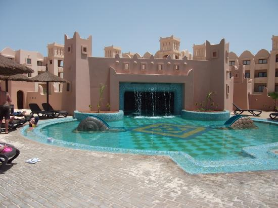 Hotel Riu Touareg: Riu Touareg, childrens club pool.