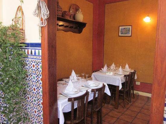 El Bernegal: One of the restaurant rooms