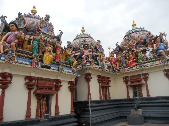 ไชน่าทาวน์: Temple in Chinatown