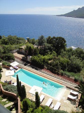 Hôtel Tiara Yaktsa Côte d'Azur: La piscine
