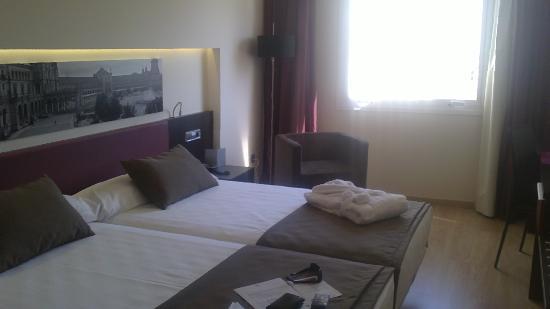 โรงแรมอายเร่ เซบีย่า: habitacion 602