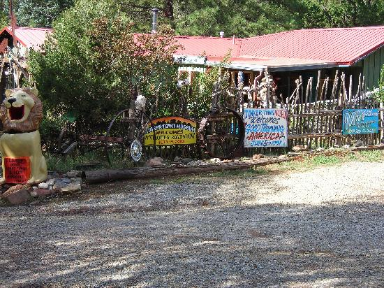 Tinkertown Museum: Quirky and FUN!