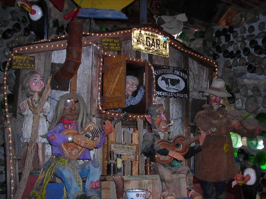 "Tinkertown Museum: Make sure you have plenty of quarters for the ""Entertainment""!"
