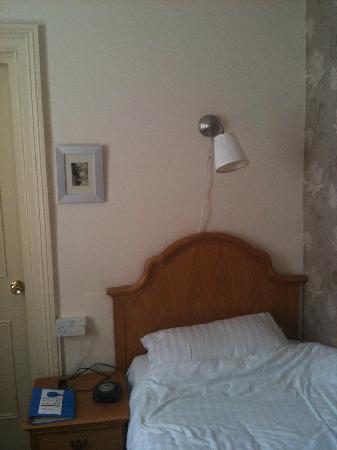 The Chocolate Box Hotel: Single room