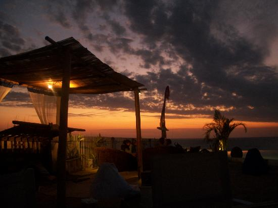 El Kabron Spanish Restaurant & Cliff Club: The sunset - out of this world!