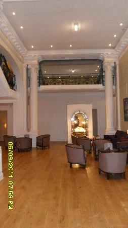 Mercure Lille Roubaix Grand Hotel: Reception area