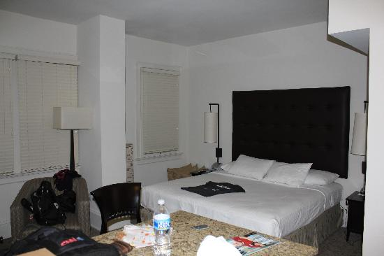 AKA Rittenhouse Square: room at AKA - perfect service!