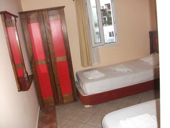 Arya Aparthotel: bedroom