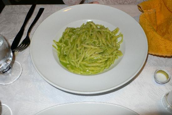 Trattoria da Sandro: Pasta with pesto sauce