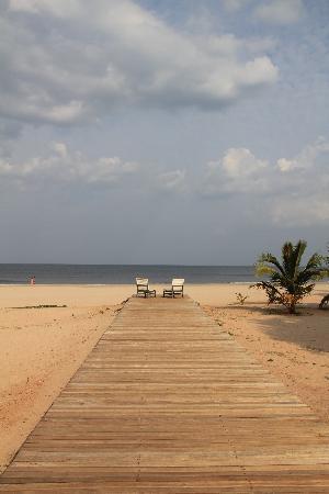 โรงแรมชายา บลู ทรินโคมาลี: Beach